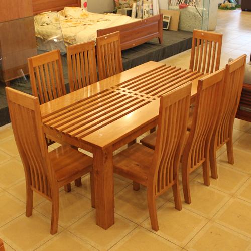 Những mẫu bàn ăn đẹp bằng gỗ tự nhiên hình chữ Nhât giá rẻ hcm