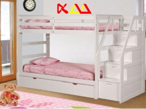 Giường ngủ trẻ em 3 tầng GNTE001